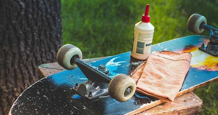 Top 7 Best Lubricant For Skateboard Bearings Reviews In 2021