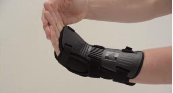 best wrist protection for skateboarding