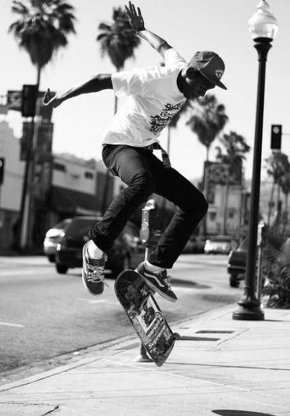 why don't skateboarders wear helmets 1