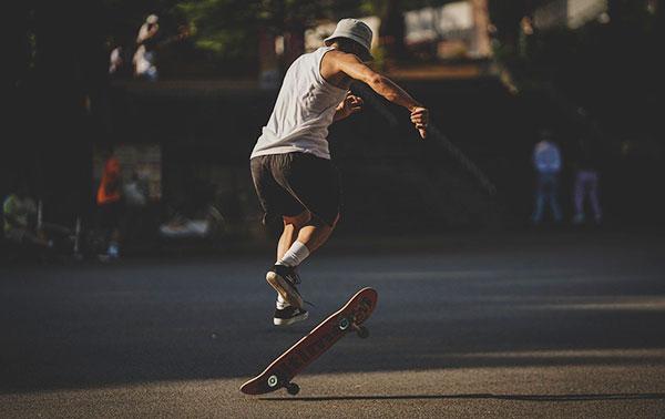best skateboard to buy for a beginner