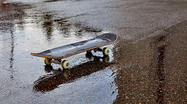 how long should a skateboard last