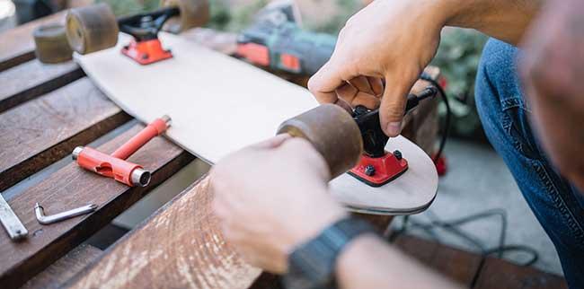 how to change bearings skateboard
