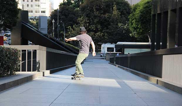 how do you turn on a skateboard