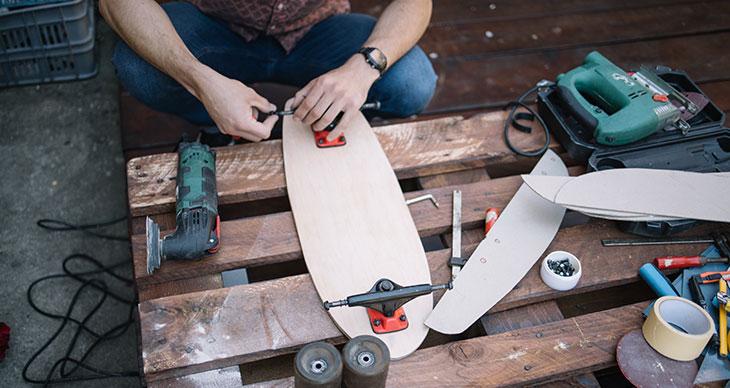 How To Loosen Longboard Trucks In 5 Steps – Longboard Tips