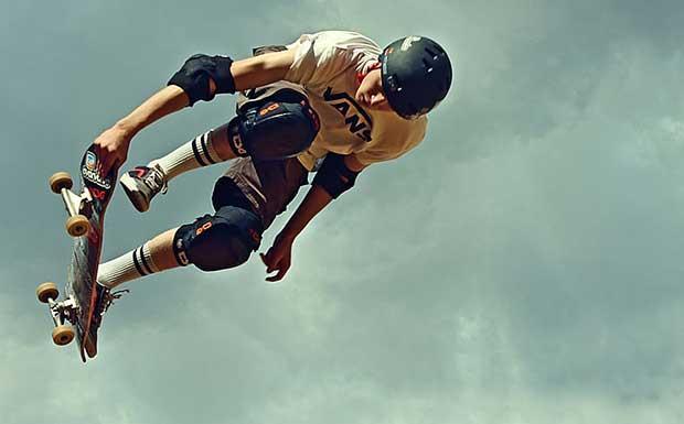 Prepare For Downhill Skateboarding 2