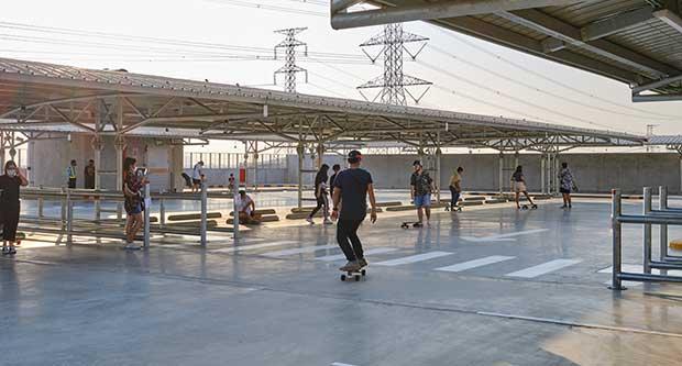 how to kickturn on a skateboard