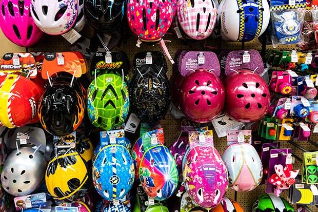 skateboard helmet vs bicycle helmet