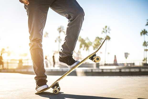 skateboard wheels turn yellow