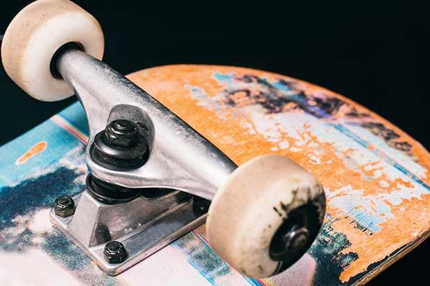 white skateboard wheels turn yellow
