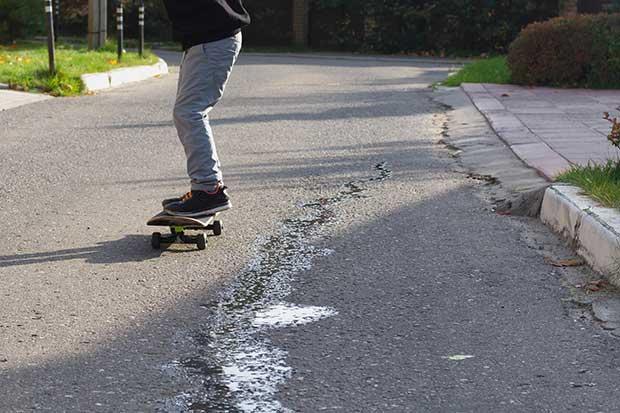 how fast does a skateboard go