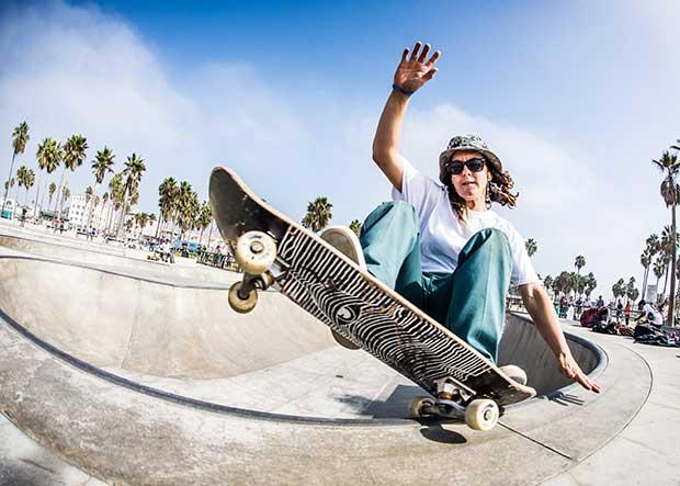 how to ride a skateboard cruiser